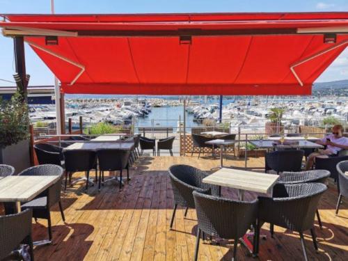 Le Hors Piste, Restaurant, La Madrague, Saint Cyr Sur Mer
